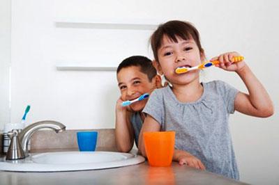 Saving Water While Brushing Teeth